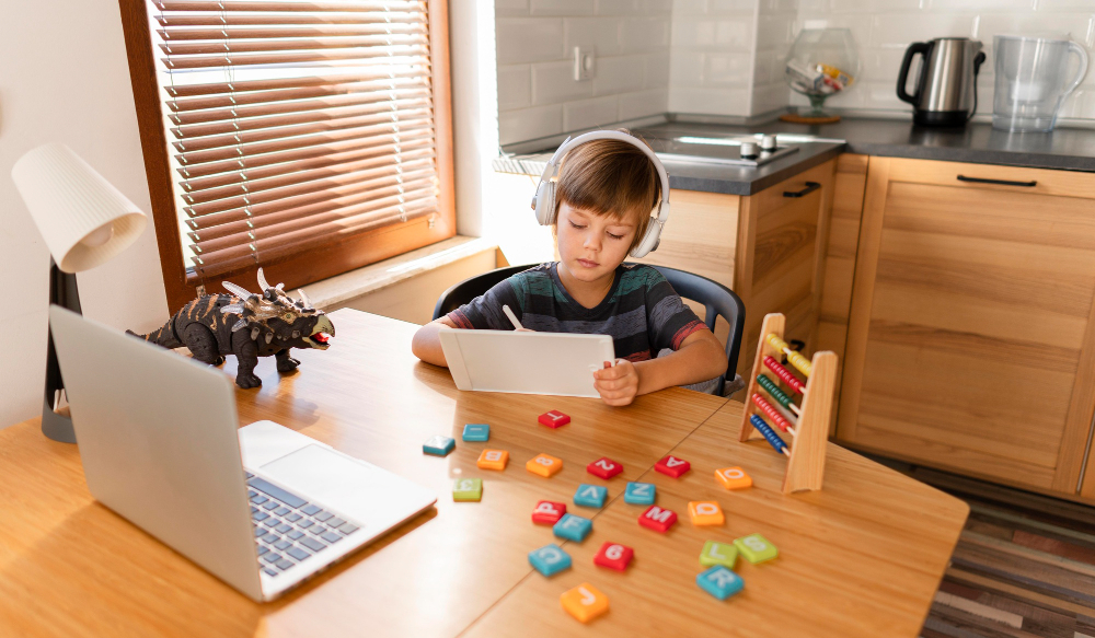 long shot child attending virtual school courses 1 - Student Experience - LRNG Academy - Shaping Boundless Generations - Online Tutoring | Online Learning | eLearning | Virtual School | Tutoring Service | Virtual Learning